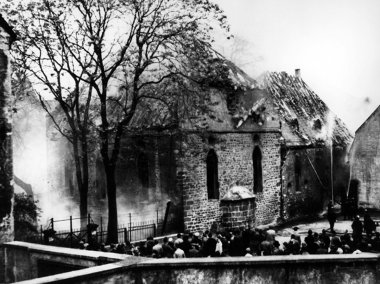 Pogrom 1938, burning Synagogue Worms