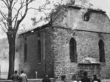 Novemberpogrom 1938, Brennende Synagoge Worms